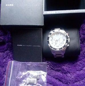 MARC BY MARC JACOBS ROCK CHRONOGRAPH SILVER DIAL S
